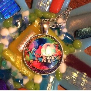Other - TROLLS GIRLS NECKLACE